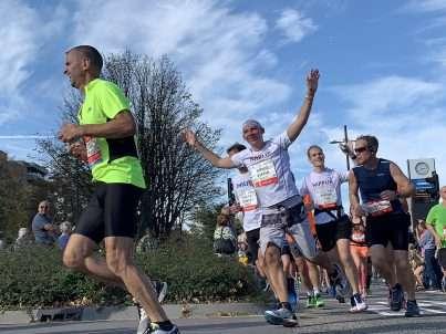 Nippur rent in de marathon van Eindhoven